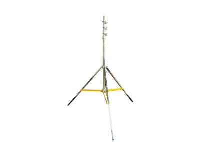 18′ Tripod Stand